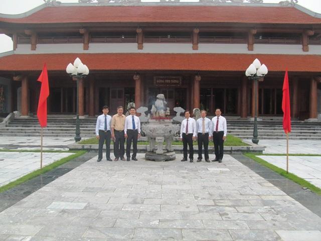 Đền thờ liệt sĩ huyện Vĩnh Tường- Vĩnh Phúc. Ảnh: Tiến Dũng