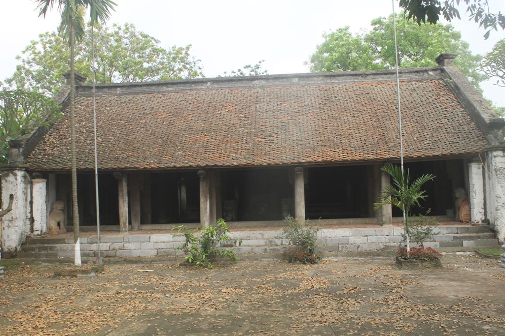 Đền đá cổ Phú Đa thuộc xã Phú Đa, huyện Vĩnh Tường