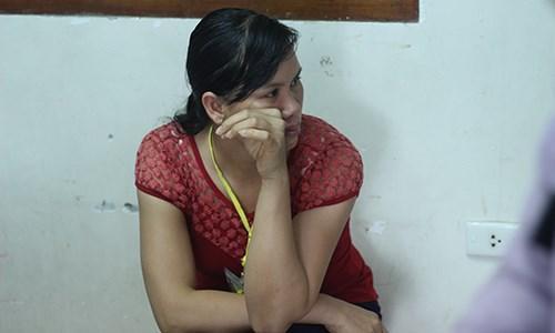 Một phụ huynh khóc nghẹn khi thấy con nhớ bạn, nhớ trường.