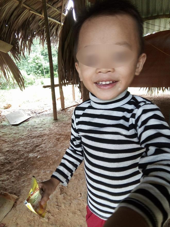 Con trai lớn của chị Minh đã học mẫu giáo.