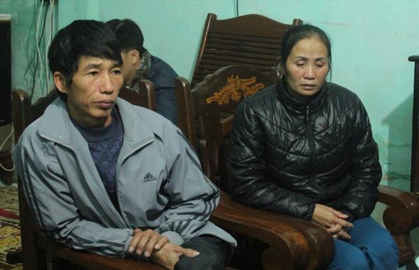 Người thân gia đình anh Dự chia sẻ câu chuyện cùng PV. Ảnh Trần Vương
