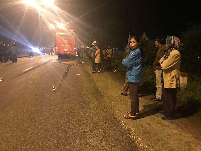Tai nạn cướp đi sinh mạng một lúc 2 công nhân khiến nhiều người dân địa phương bàng hoàng. Ảnh: Vương Nguyễn