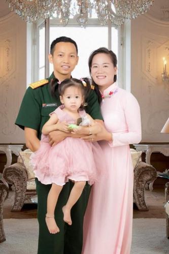 Tổ ấm của Đại úy Nguyễn Huy Quảng. Ảnh do nhân vật cung cấp