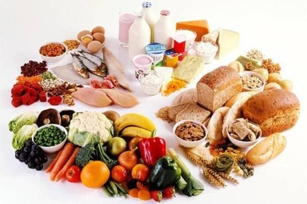 Mỗi độ tuổi cần cung cấp các chất dinh dưỡng khác nhau - Ảnh minh họa: Internet