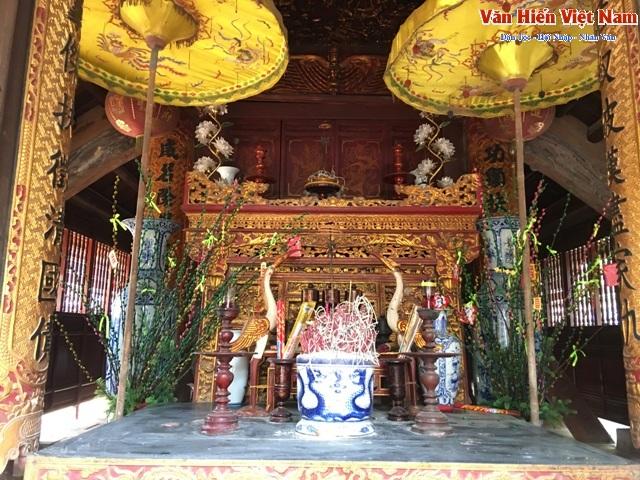 Đền thờ Nữ tướng Lê Ngọc Trinh, người được vua phong cho 8 chữ
