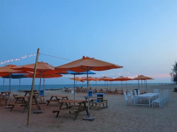 Bãi biển hồ Tràm sạch không một cọng rác. (Nguồn: Cao Quang)