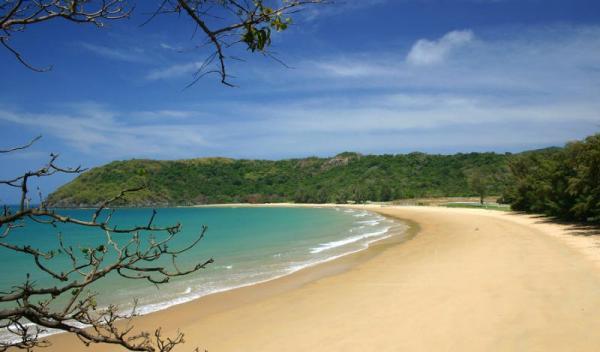 Bãi biển hoang sơ của Côn Đảo. (Nguồn: Airmekong.com)