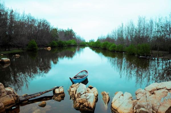 Nét đẹp hoang sơ của khu Hồ Cốc. (Nguồn: vntrip.vn)