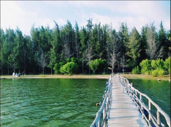 Du lịch bụi Hồ Cốc – Một địa điểm du lịch Vũng Tàu đẹp. (Nguồn: vntrip.vn)