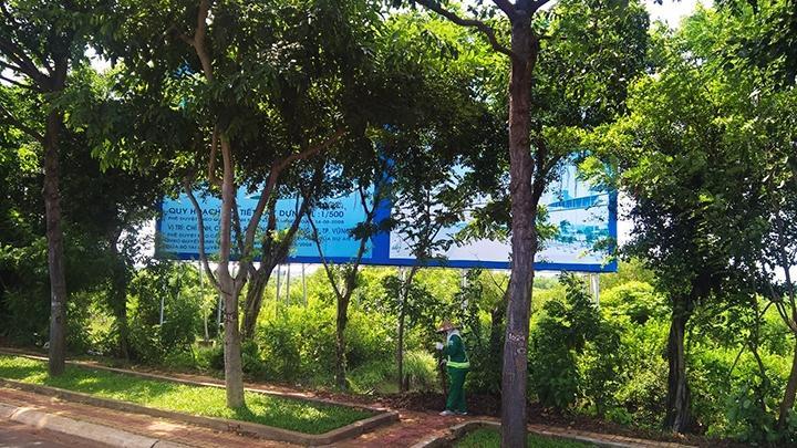 Dự án Sài Gòn Atlantis (thành phố Vũng Tàu) vì nhiều lý do, sau 10 năm được cấp giấy chứng nhận đầu tư, đến nay vẫn chưa được triển khai.