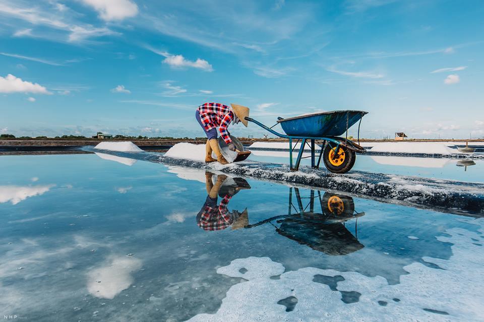 Đẹp bình dị cánh đồng muối Chợ Bến, Long Điền.