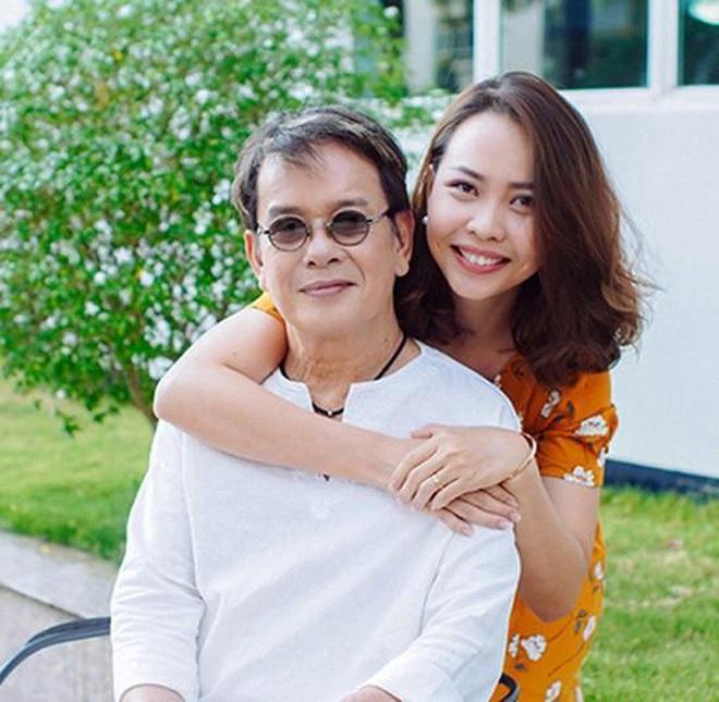 Với anh, hạnh phúc mà anh nhận được đến từ sự cho đi, sự yêu thương hết mực với vợ con, gia đình.