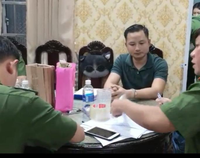 Lê Thái Phong, con trai ông Thiện