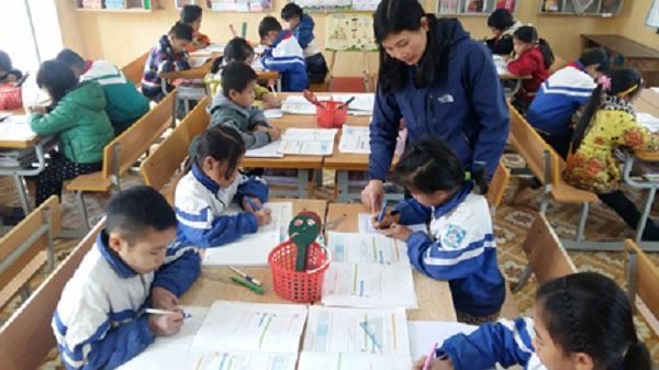 Cô Nguyễn Thị Thoa trong giờ lên lớp.
