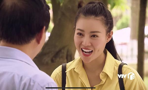 Diễn viên Thanh Hương trong vai phóng viên Hoàng Ngân