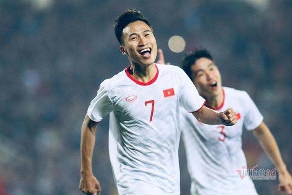 Triệu Việt Hưng đã chơi khá tốt ở vòng loại U23 châu Á, nhưng đ.á..nh mất mình vì chấn thương và nhiều lý do khác