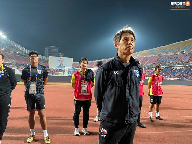 HLV Akira Nishino giúp U23 Thái Lan lập kỳ tích tầm châu Á. Ảnh: Tiến Tuấn
