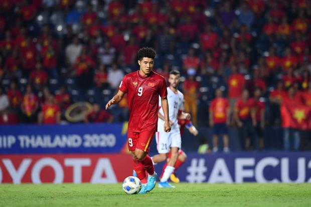 U23 Việt Nam rơi vào thế khó. Quyền tự quyết nằm trong tay UAE và Jordan. Ảnh: AFC.