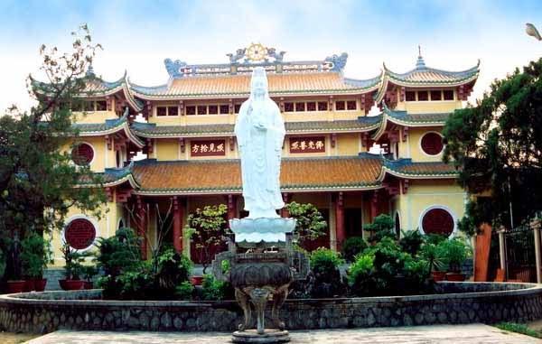 """9 ngôi chùa """"cầu được ước thấy"""" ở Đà Nẵng mà ai cũng ao ước được đến một lần chua 20pho 20da"""