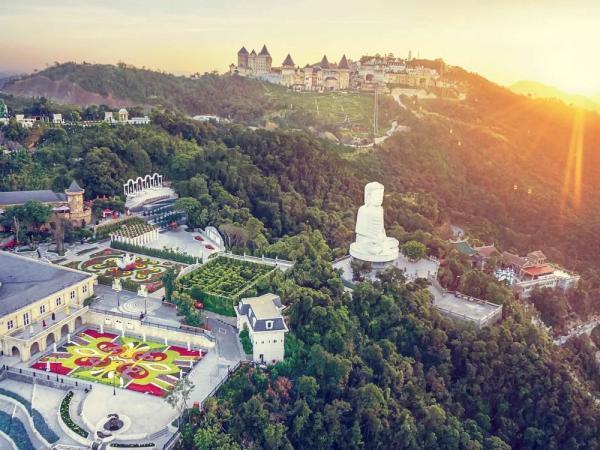 """9 ngôi chùa """"cầu được ước thấy"""" ở Đà Nẵng mà ai cũng ao ước được đến một lần tuong 20phat"""